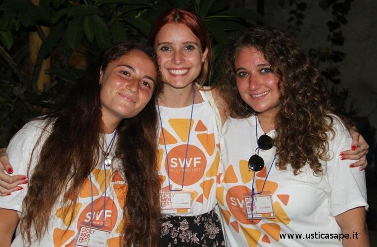 Ustica.  belle e  simpatiche hostess di Partinico al Sicily web Fest