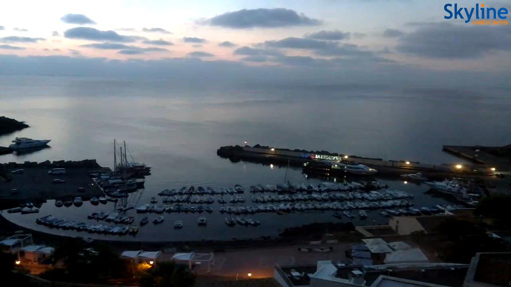 Collegamenti marittimi Ustica  2016-09-04 06.19.18