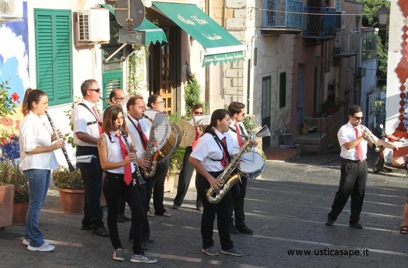 Una banda musicale che si assottiglia sempre di più … ma che vuole mantenere vive le tradizioni!