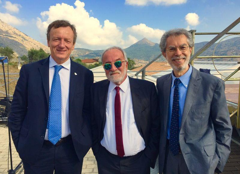 Franco Foresta Martin con i presidenti dell'Agenzia Spaziale Italiana Roberto Battiston e dell'Istituto Nazionale di Astrofisica Nicolò D'Amico