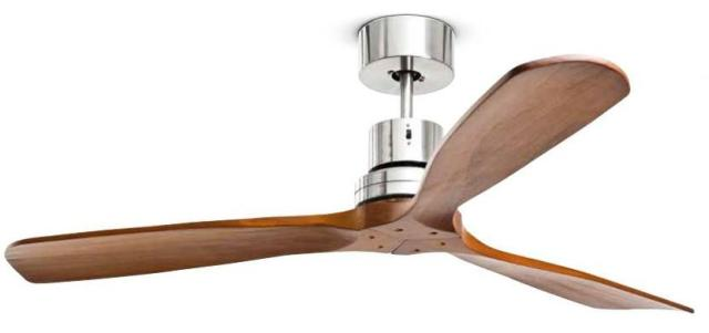 ventilatore a soffitto con pale in legno