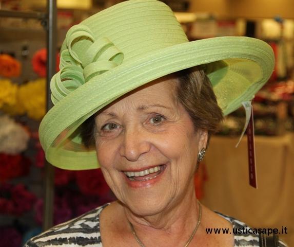 f-c-2951-moda-indossatrici-di-cappelli-maria-bertucci-c