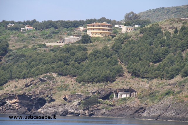 Ustica, zona Pagliaro - Hotel Diana