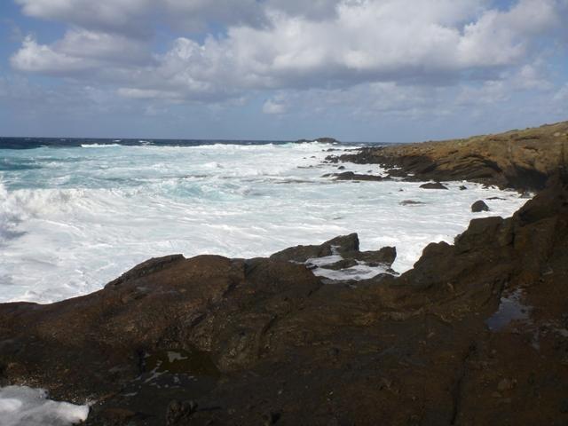 Ustica mare molto mosso allo Spalmatore