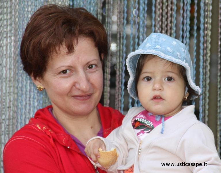 Signora  Anghelini  con figlia