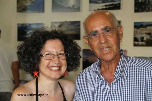 Mostra foto Bruno Campolo – l'autore sorpreso dal sorriso all'americana di una sua fan