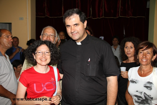 Foto ricordo con Padre Andres