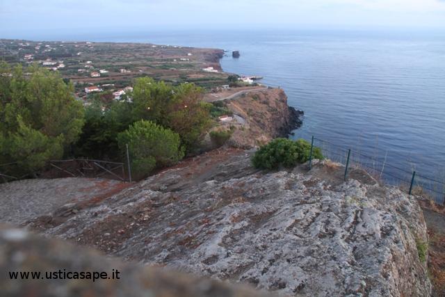 Ustica, veduta dalla Falconiera