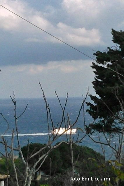 NaveAntonelloDa Messina attraverso le frasche