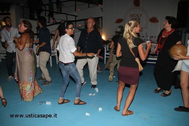 Al Faraglione, divertiment