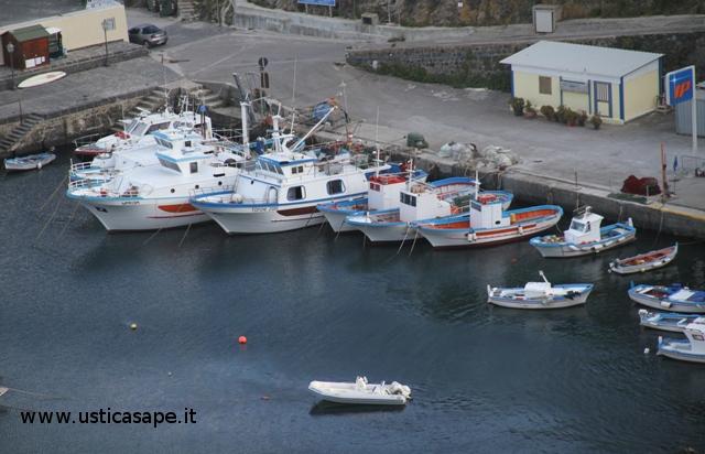 Ustica, Marineria