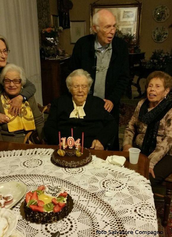 Nonna Maria Bertucci Giordano spegne le candeline