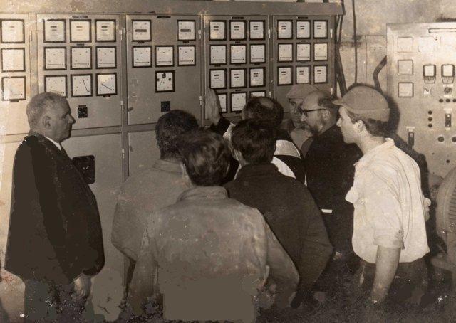 Ustica, inaugurazione passaggio tensione E.E. da 110 V a 220 V