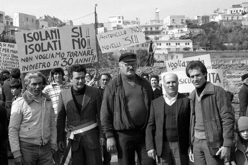 Camillo in testa alla protesta trasporti con le autorità locali