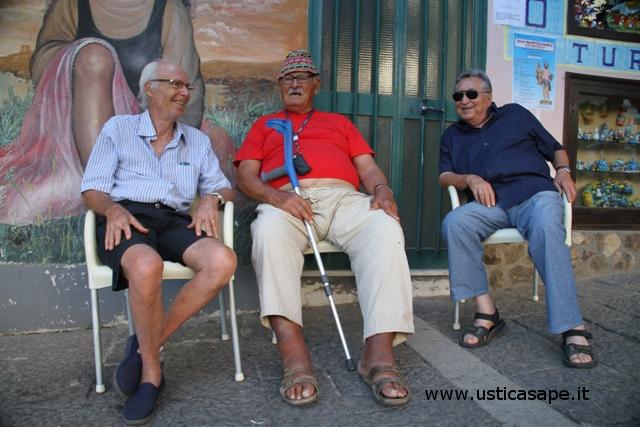 Ustica Bar Centrale, le riflessioni critiche di tre amici