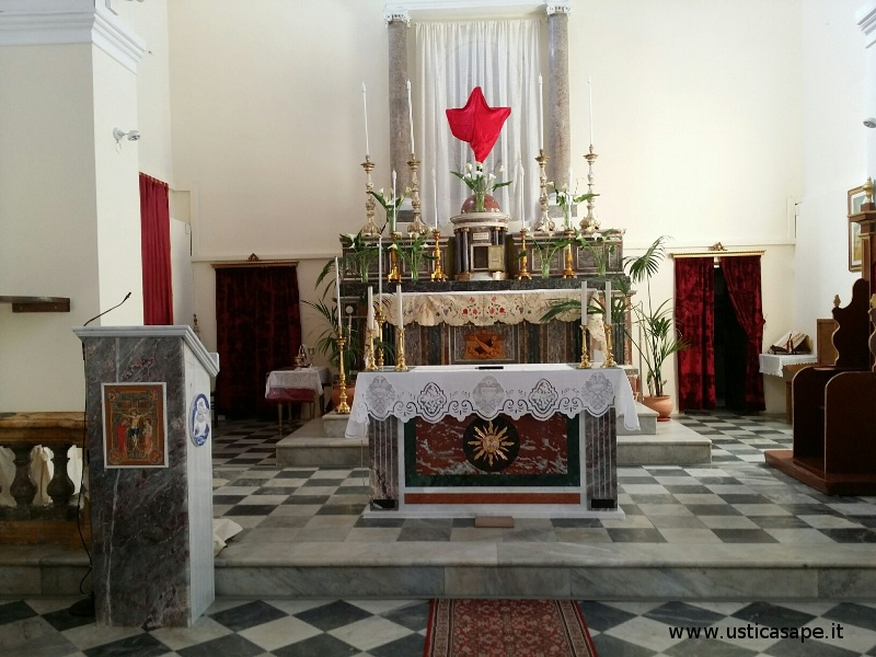 Ustica Parrocchia San Ferdinando Re, Nuova Mensa Eucaristica e Leggio