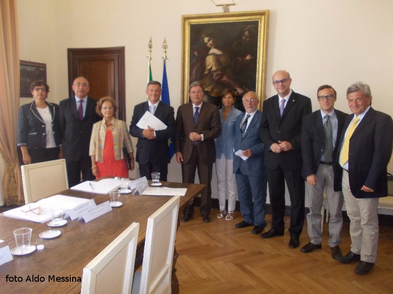 Problemi trasporti - I sindaci delle isole minori siciliane dal Ministro degli Interni