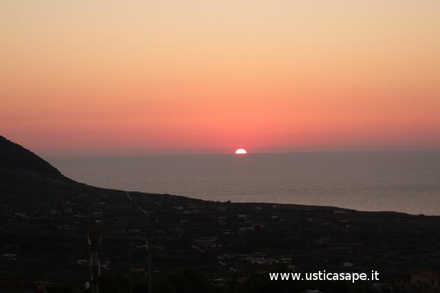 Ustica, tramontana - tramonto