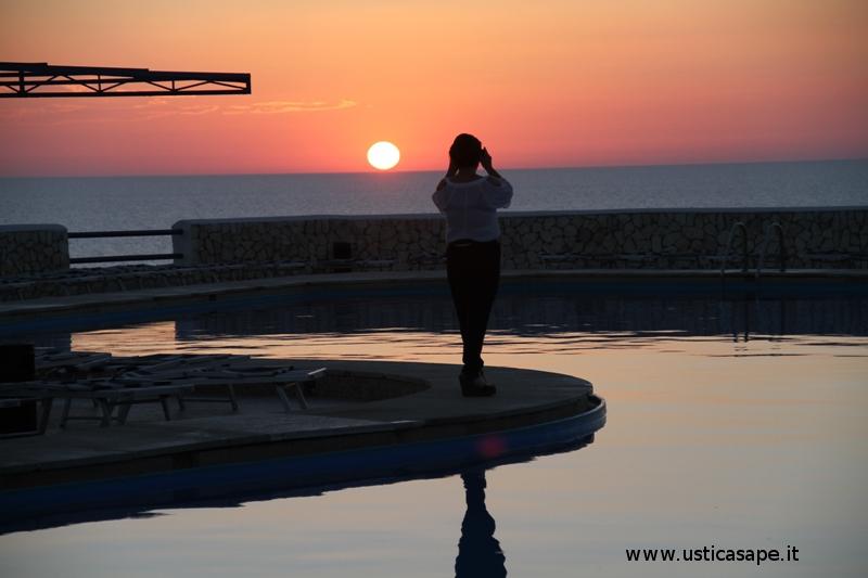 Ustica, tramonto da immortalare