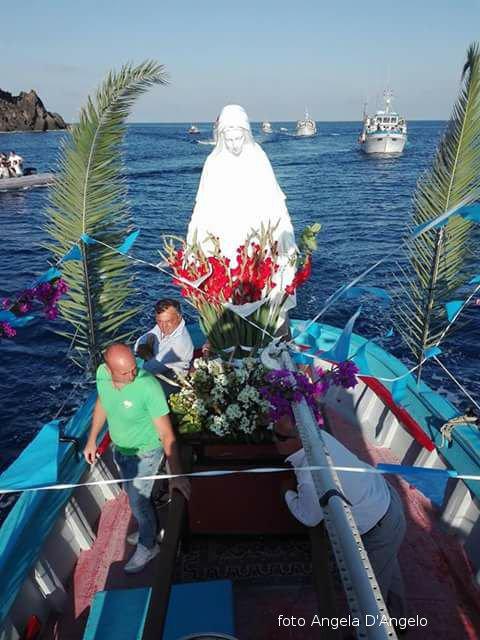 Processione a mare Madonna dei pescatori