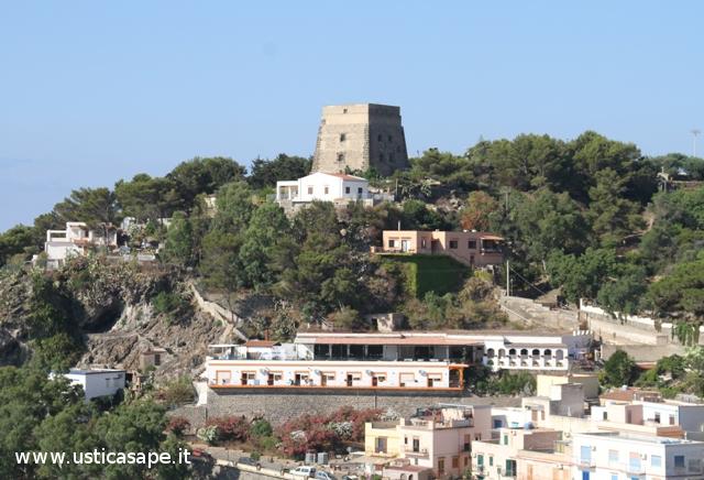 Ustica, Torre Santa Maria