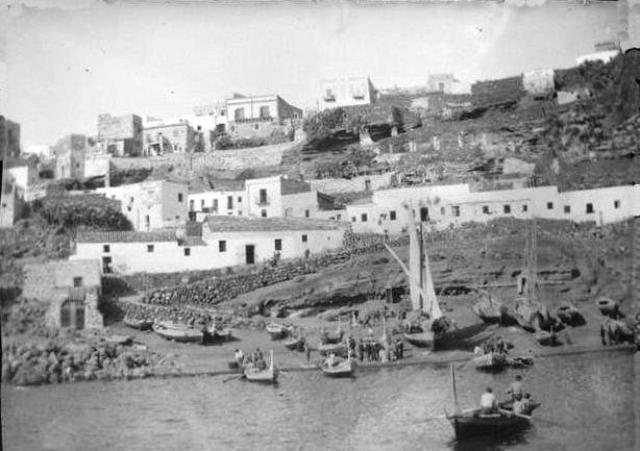 Ustica come eravamo, marineria e casa dei pescatori