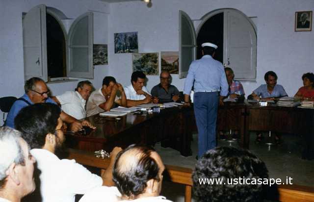 Ustica, consiglio comunale