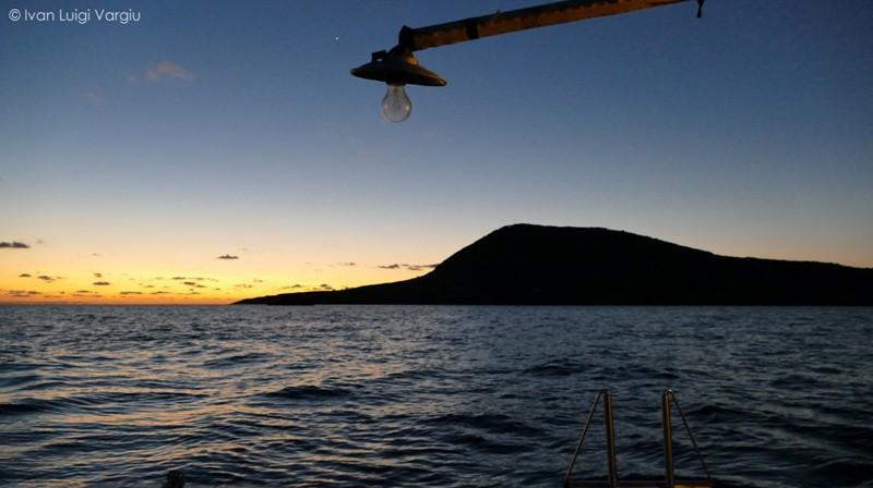 Ustica di buon mattino una uscita a pesca