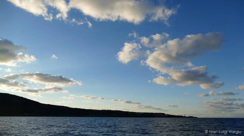Ustica zona Ovest vista dal mare