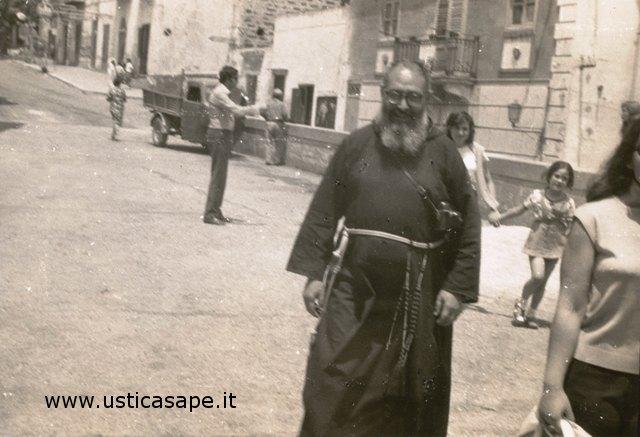 Padre Carmelo fotografo