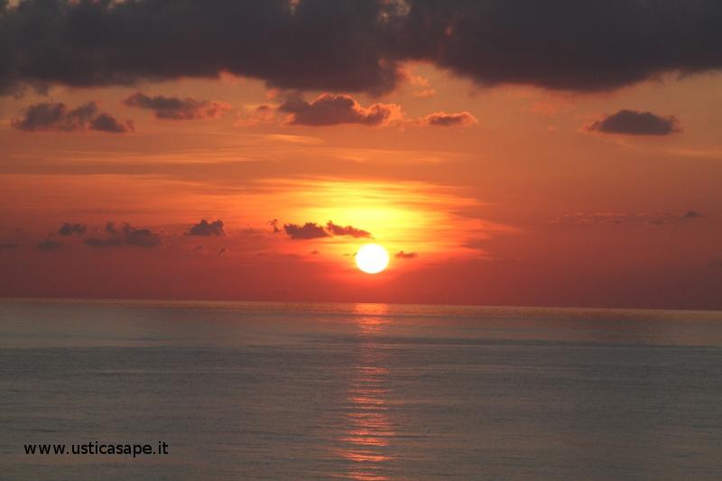 Ustica ottobre, tramonto