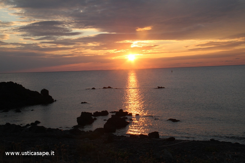 "Ustica zona ""sbarramento"",tramonto"