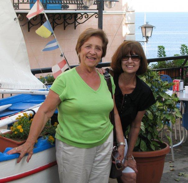 Ustica estate 2008, Rosa e Maria felici di ritornare ad Ustica