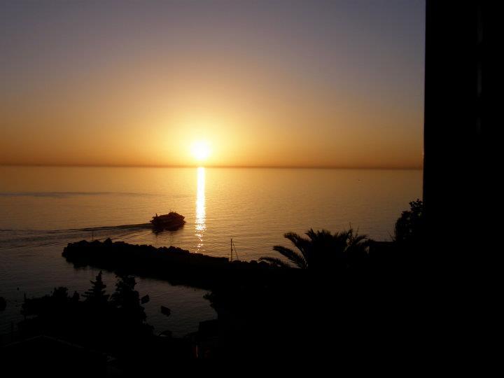 Ustica alba, partenza aliscafo