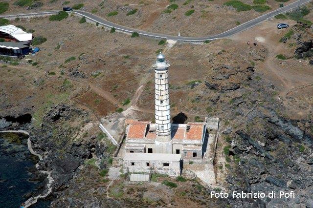 Ustica, Faro Punta Spalmatore dall'alto