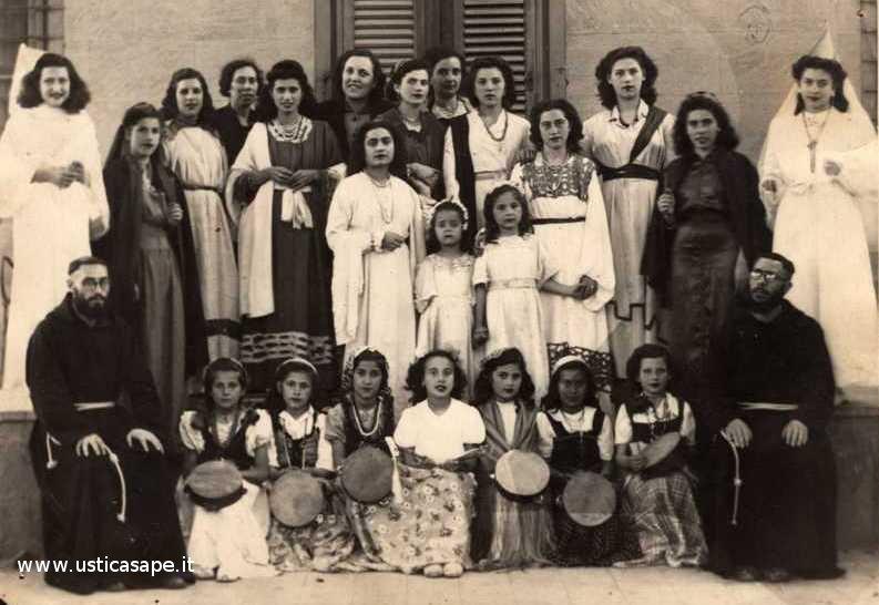 recita gioventù femminile di A.C 1947.