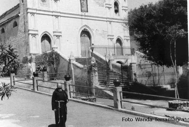 Ustica, Chiesa -aprile1966