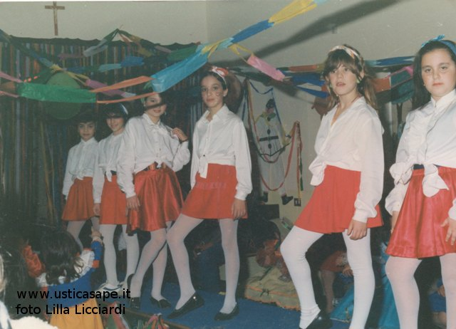 Ustica, rappresentazione di Carnevale