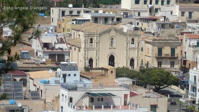 Ustica, Chiesa San Ferdinando Re
