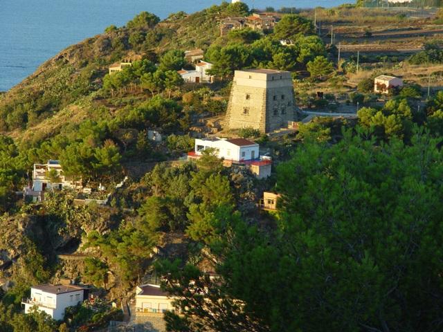 Torre Santa Maria dal Castello Saraceno