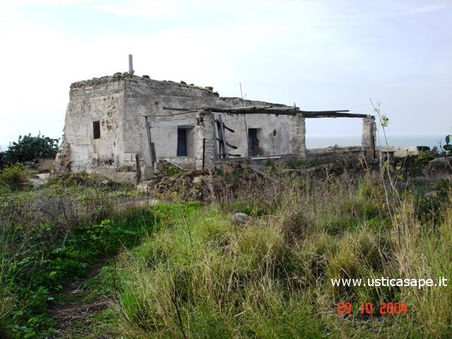 Ustica, antica casa di campagna