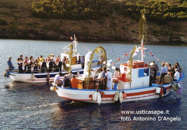 Ustica, Festa Madonna dei Pescatori - processione a mare