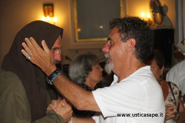 Fratel Peppe rassicura Fratel Biagio