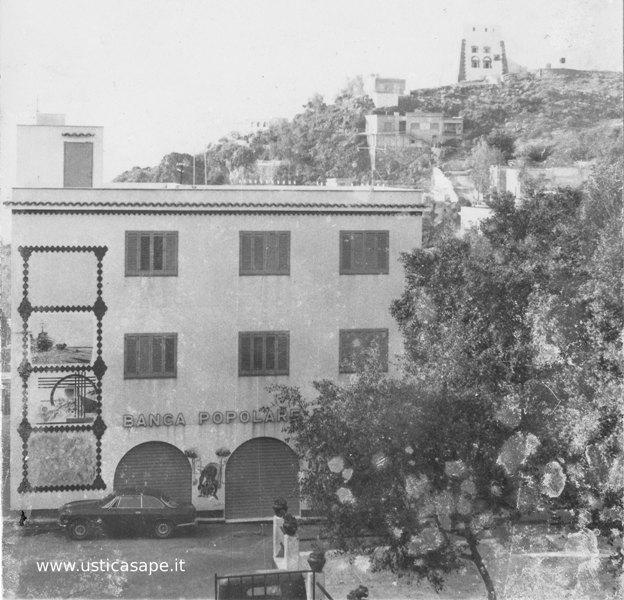 Ustica, casa con murales