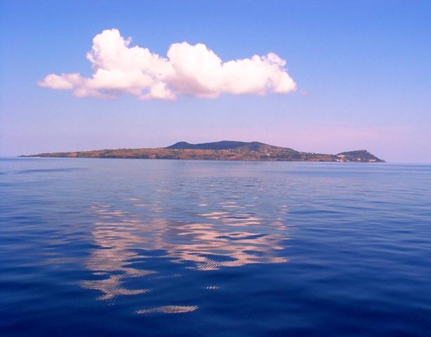 Arrivo ad Ustica con la nave