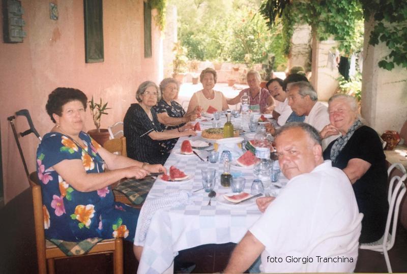 """A casa Natale, alla """"Pirrera"""" invito a pranzo italo americani"""