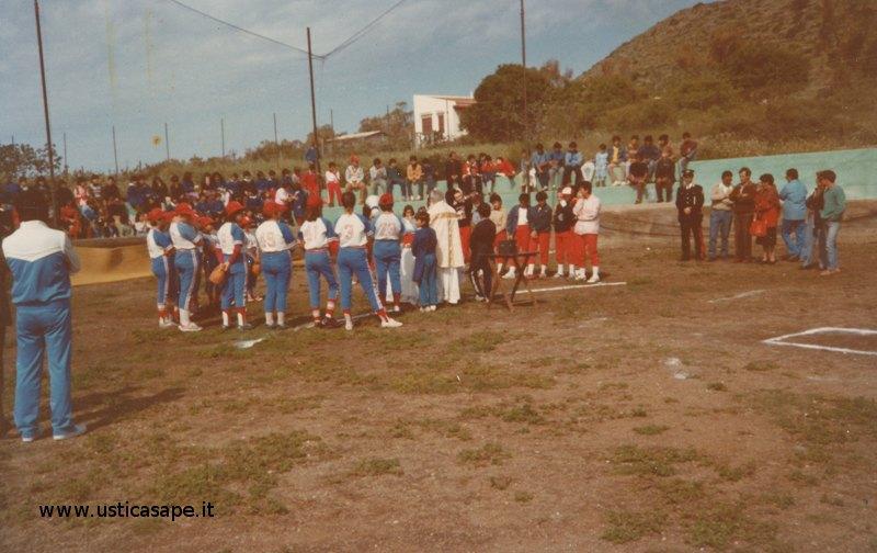 Ustica, premiazione squadre di baseball