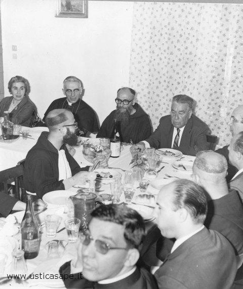 invito a cena autorità civili e religiose