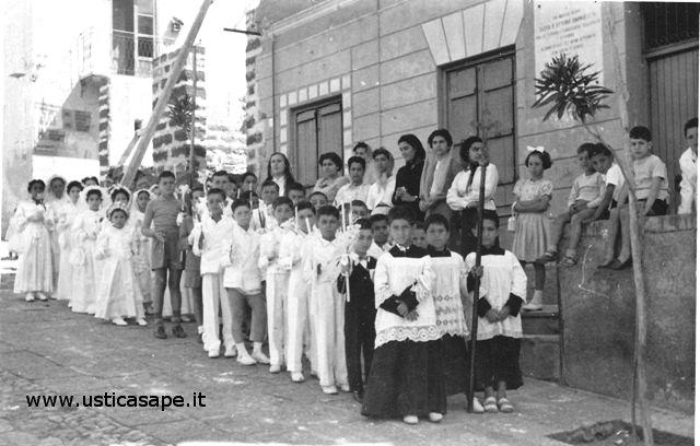 Ustica, il giorno delle Prima Comunione