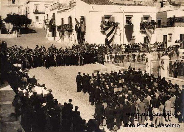 Ustica, manifestazione in piazza A.F.I.1929
